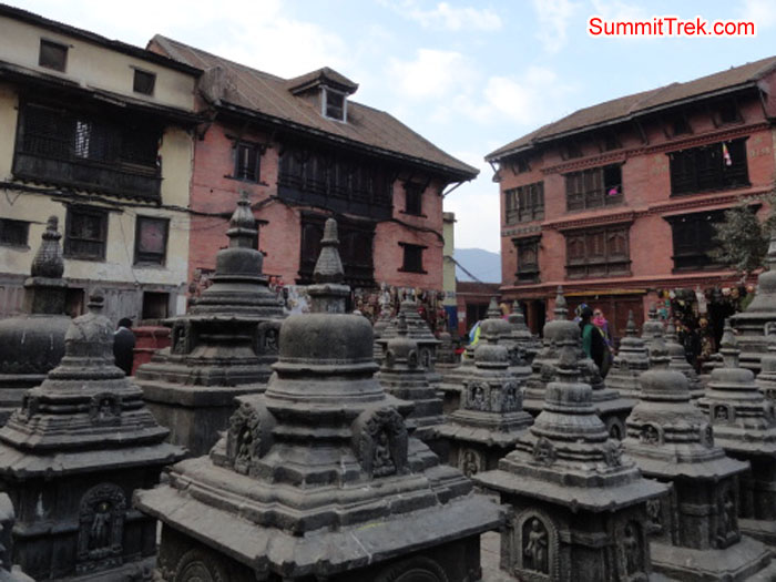 Lot's of small temples in Shoyambhu Nath. Photo Darek