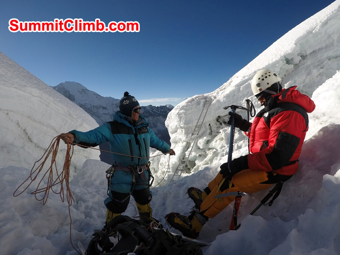 Jangbu Sherpa  and Erik ready for climbing the Imja Glacer on Island Peak. Photo Pedro Llanos
