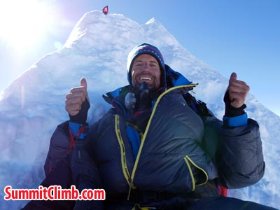 Kim at the summit of Manaslu