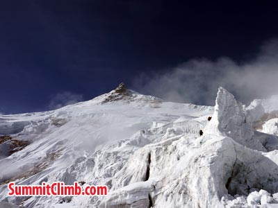 You can see the summit of Manaslu. Photo Puwei L