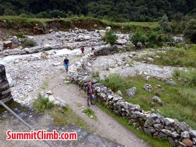 trekking in manslu area. Photo Eugene V