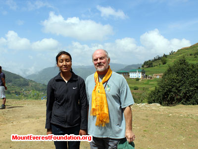 nepal volunteer trek, nurse