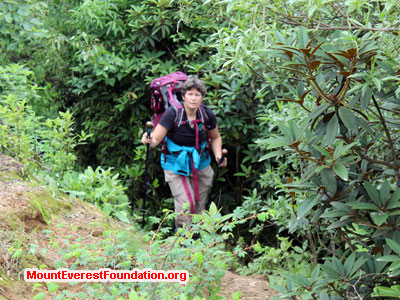 nepal volunteer trek, Gen