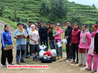 nepal volunteer trek, service trek group at school