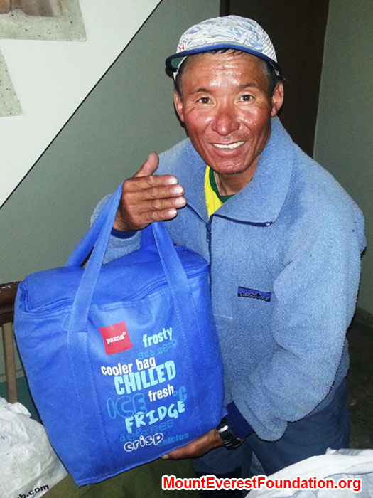 Jangbu Sherpa, Mount Everest Foundation, packing medicines for the service trek kindly donated by Laurel and Paul Brophy and David Quinney of Mater Hospital, Rockhampton, Australia. Photo by Deha Shrestha.