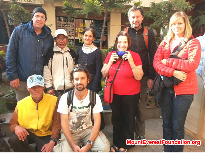 Service Trek Team member. From left Dan  Mazur (Leader), USA/UK, Neer Kaji Tamang, Nepal, Marie Sérleys Michaud, France, Anne Kates, Canada, Wolfgang Nicola, Germany,  Daniela Milea, Canada, Kamal, Nepal,  Jeremy Smith, Australia.