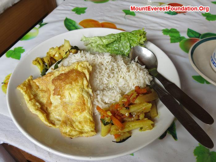 Food prepare by our cook Dorjee. Photo Daniela Milea